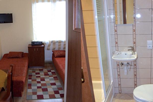 Ośrodek wypoczynkowy Agado, Nadmorska 5