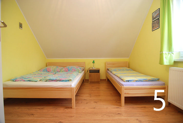 Poddąbie - Pokoje gościnne Biały Domek, Wczasowa 2