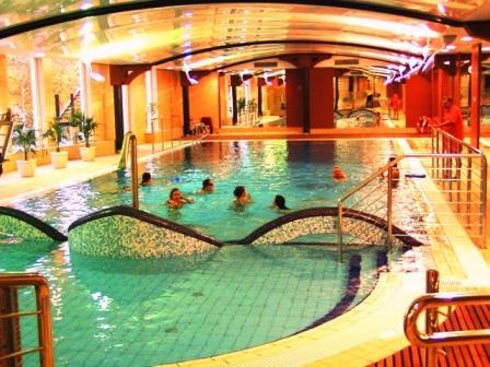 ośrodek z basenem łeba
