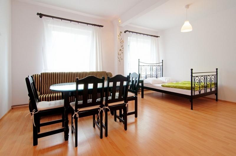 LAGUNA pokoje i apartamenty