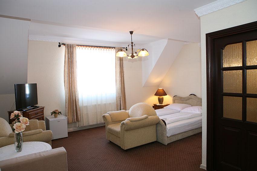 Ustka - Hotel STACH ** - Słowiańska 4b